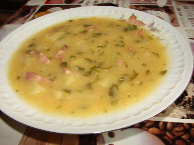 Przepis  zupa grochowa z boczkiem przepis