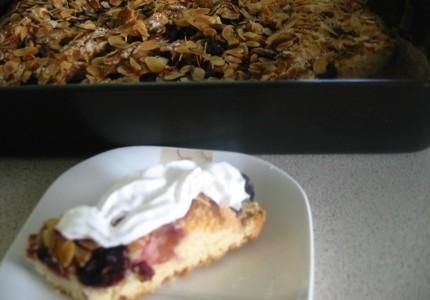 Ciasto wiśniowo  migdałowe