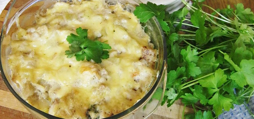 Dorsz pieczony ze śmietaną i warzywami (bacalhau com natas ...