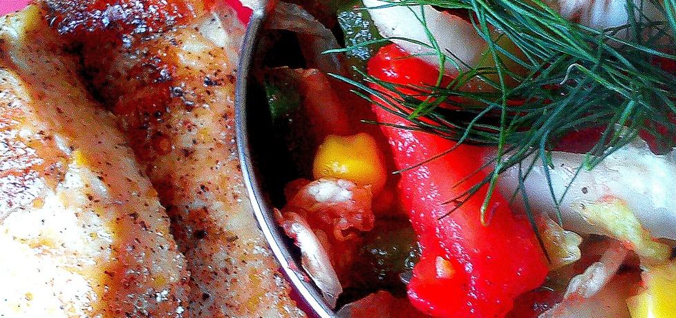 Fit lunch  kurczak z sałatką (autor: szalonepikle)