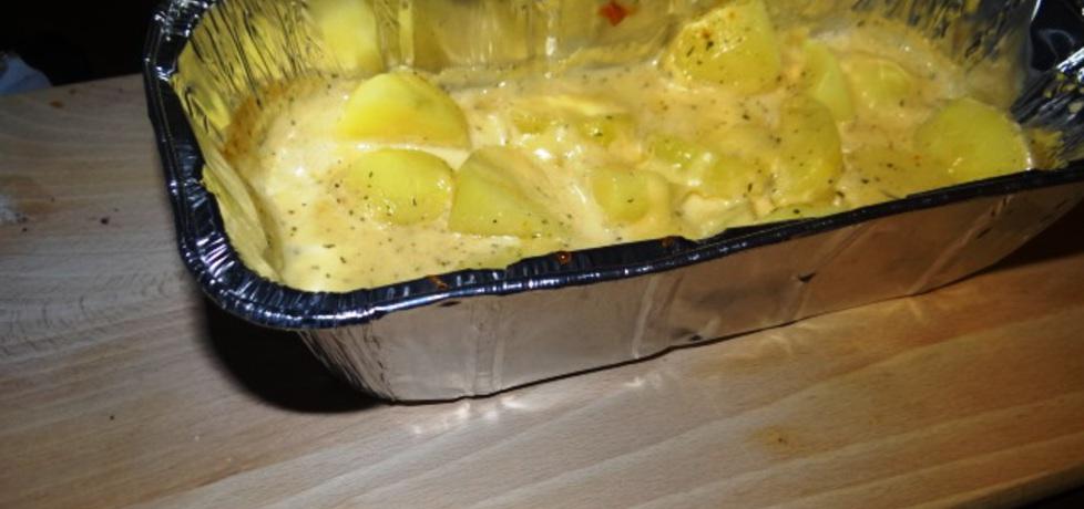 Młode ziemniaki pieczone w sosie serowym (autor: muffina ...