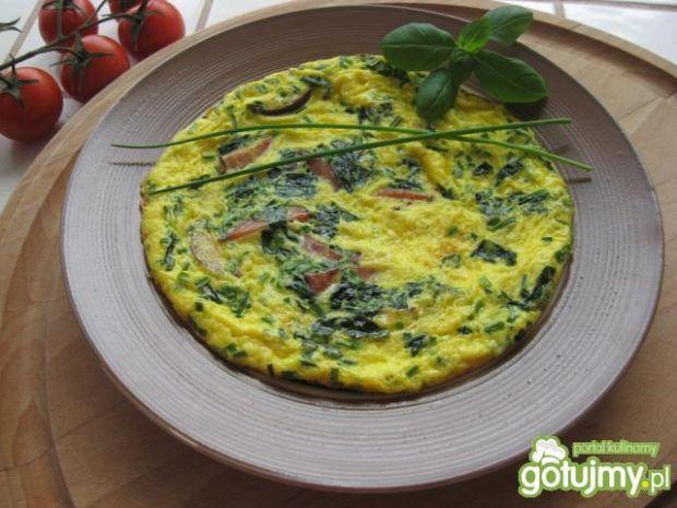 Przepis  omlet ze szpinakiem i szynką przepis