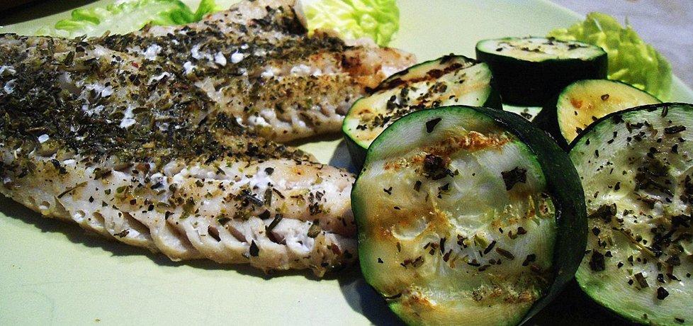 Ryba z cukinią grillowane w cytrynie i ziołach (autor: klausia ...