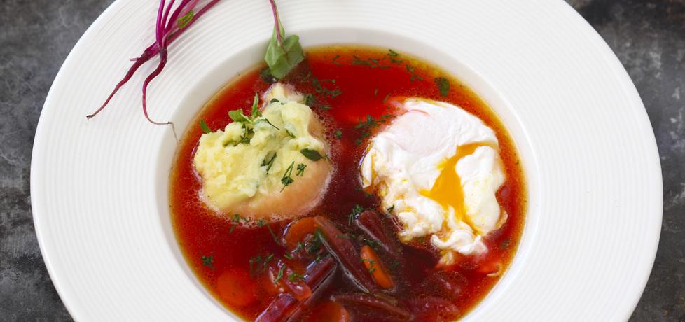 Wiosenna zupa z botwiny z młodymi ziemniakami smażonymi z ...