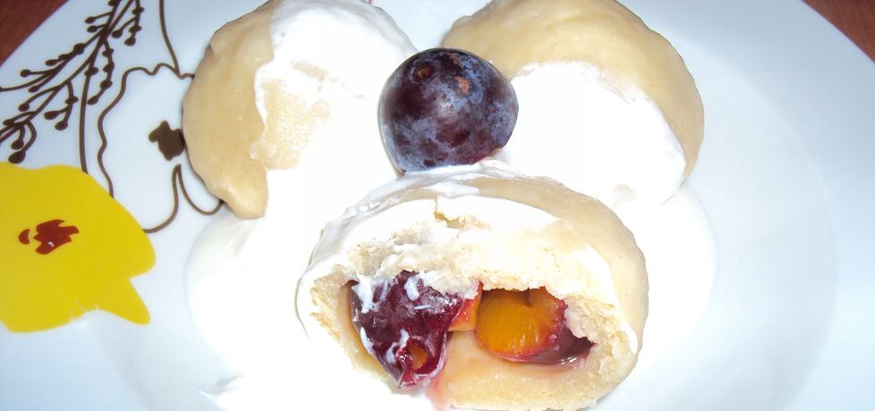 Knedle z ciasta ptysiowego ze śliwkami (autor: mama
