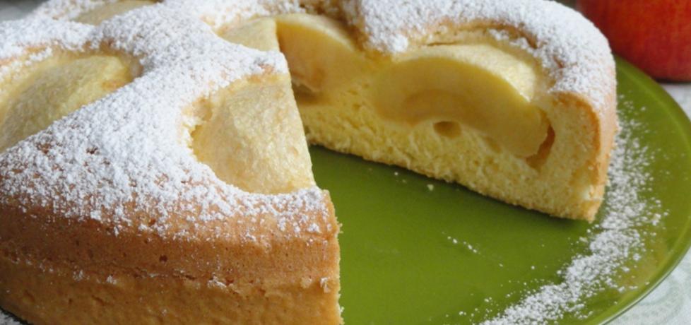 Ciasto biszkoptowe z jabłkami (autor: joanna30)