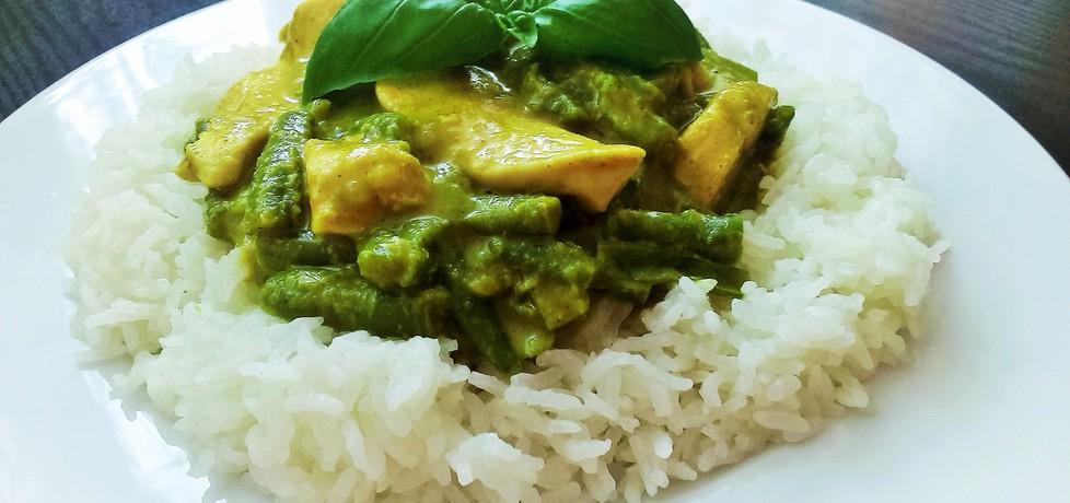 Kurczak curry z zieloną fasolką (autor: futka)