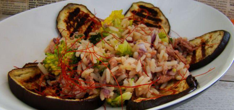 Ryż brązowy z brokułami i tuńczykiem (autor: iwa643 ...