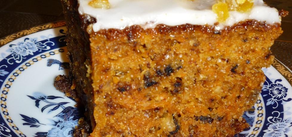 Ciasto marchewkowe z orzechami i rodzynkami (autor: dwa