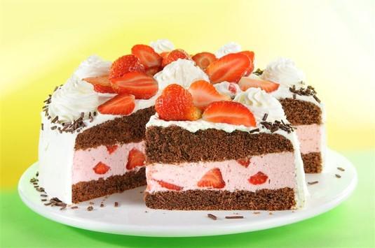 Tort truskawkowy  video
