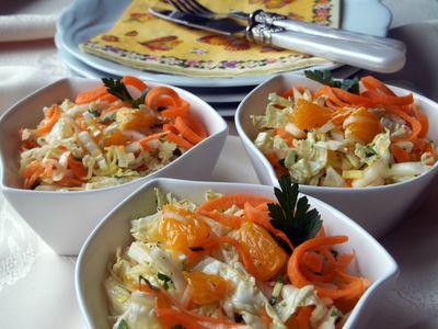 Surówka z kapustą pekińską i mandarynką