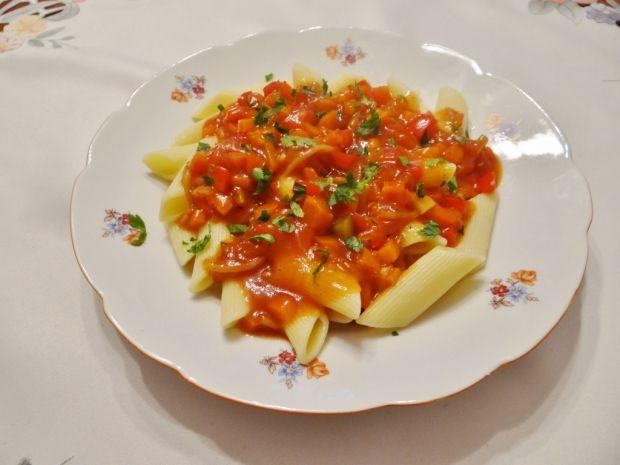 Przepis  makaron z sosem słodko-kwaśnym przepis