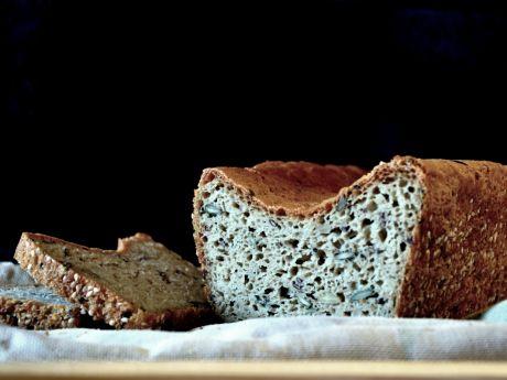 Przepis  bezglutenowy chleb z ziarnami przepis