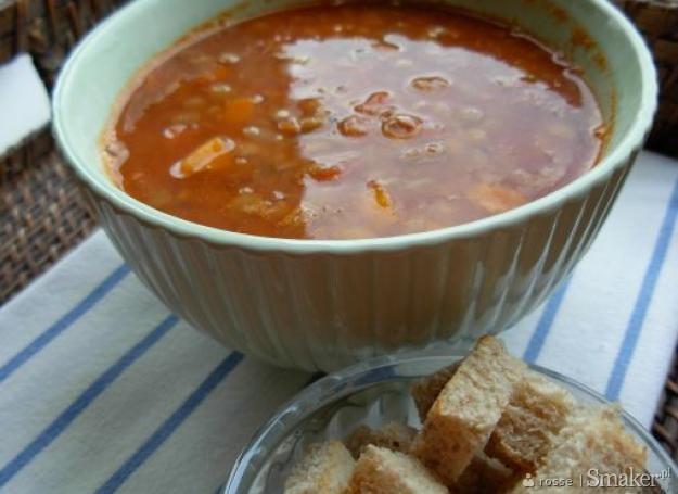 Grecka fakes  zupa z soczewicy