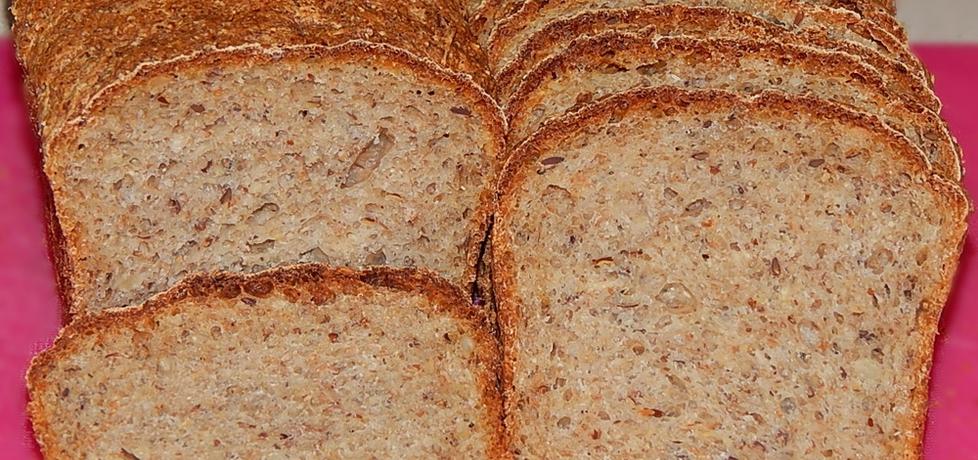 Chleb wieloziarnisty z kwasem z kapusty i maślanką (autor: habibi ...