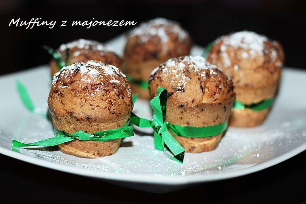Przepis  muffiny z majonezem i tartą czekoladą przepis