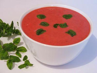 Zupa truskawkowa z kardamonem