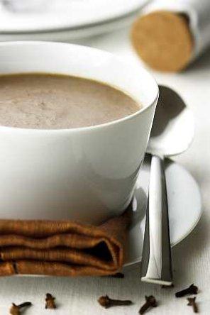 Zupa cebulowa gęsta  prosty przepis i składniki