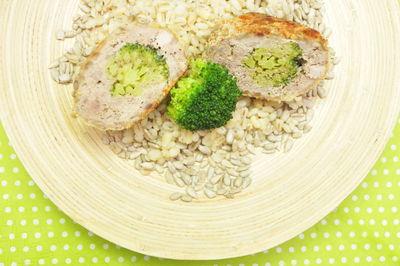 Kotlety mielone z brokułem i pestkami słonecznika