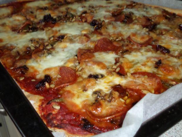 Przepis  pizza ze słonecznikiem przepis