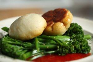 Bułeczki z mięsem na parze (cha sui bao)