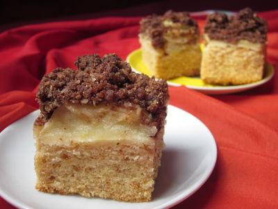 Ciasto z marcepanem i jabłkami