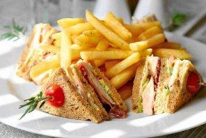 Club sandwich  prosty przepis i składniki