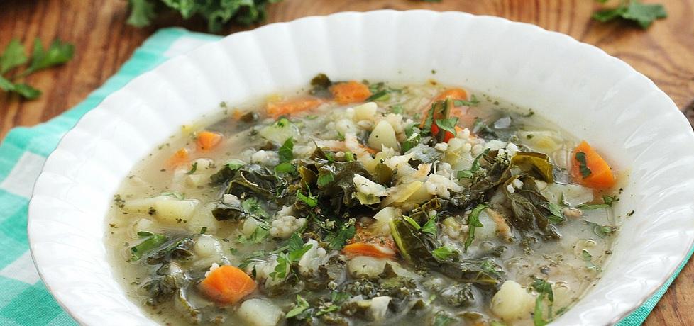 Jarmużowa zupa z kaszą (autor: mysza75)