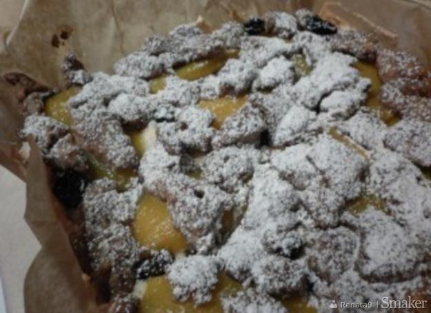 Pyszne ciasto z jabłkami, mango i rodzynkami hetmańskimi ...