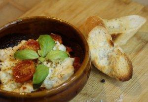Zapiekanka z ricottą i pieczonymi pomidorami