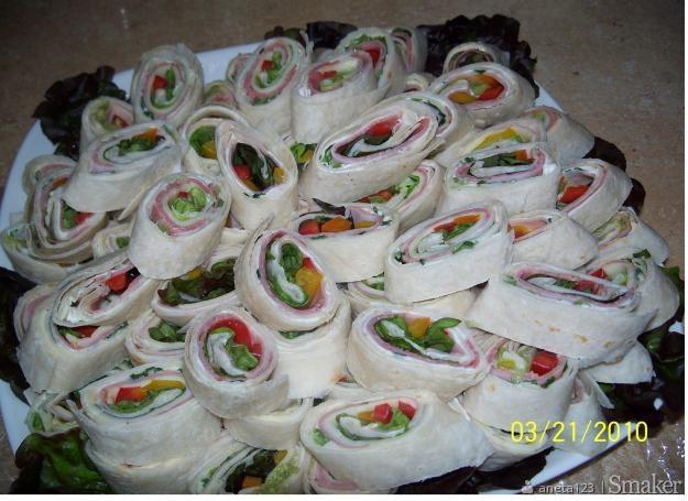 Kanapeczki z tortilly