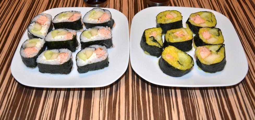 Dwukolorowe sushi z gruszką (autor: asik32)