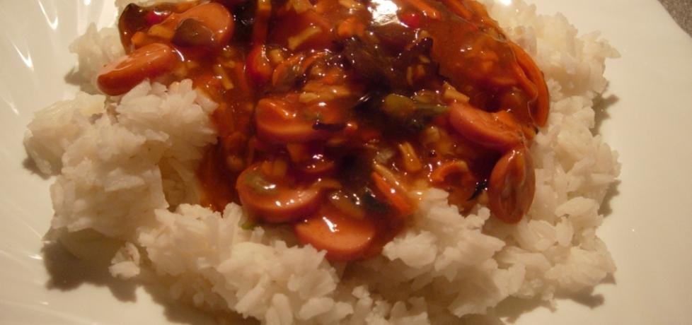 Ryż po chińsku z parówkami (autor: martynia6)