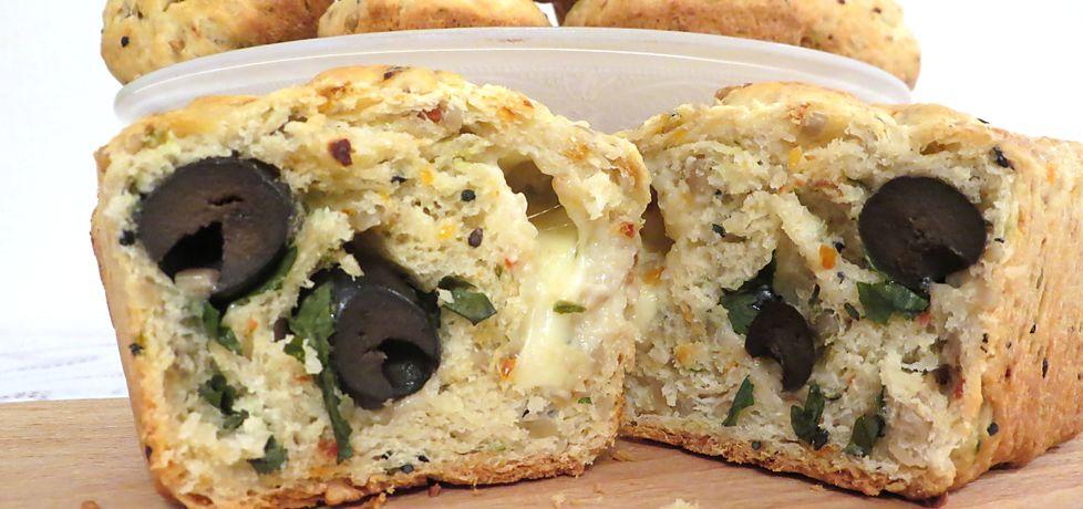 Muffiny i ciasto słonecznikowe z oliwkami (autor: koral ...