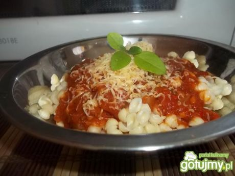 Przepis  prosty sos pomidorowy do makaronu przepis
