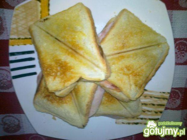 Przepis  tosty z szynką i warzywami przepis
