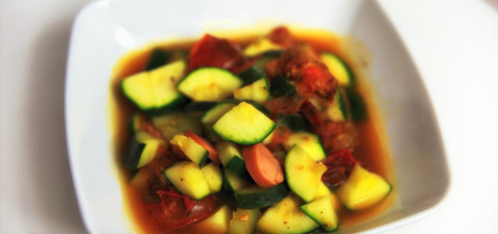 Cukinia duszona z pomidorami i kiełbasą (autor: dorota20w ...