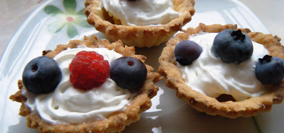 Babki kruche z owocami (autor: renatazet)