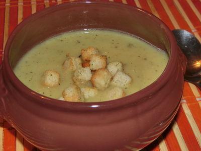 Kremowa zupa serowo