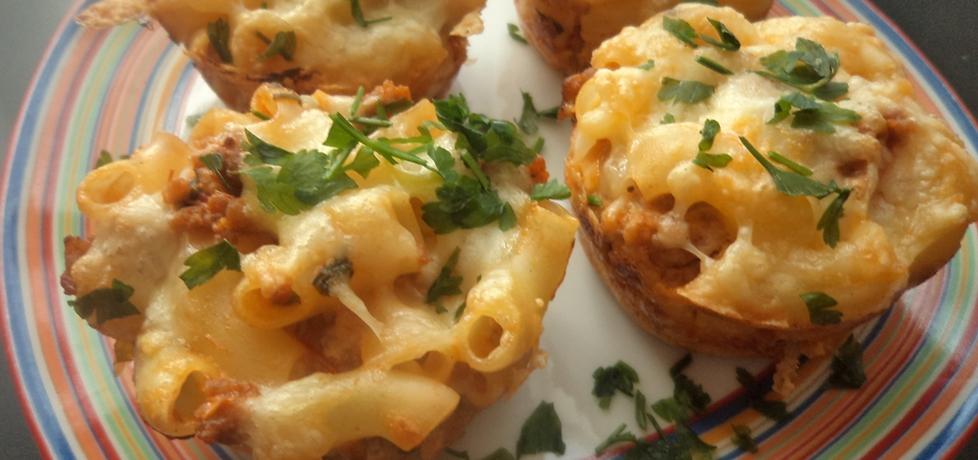 Muffinki z makaronu i mięsa mielonego (autor: smacznab ...
