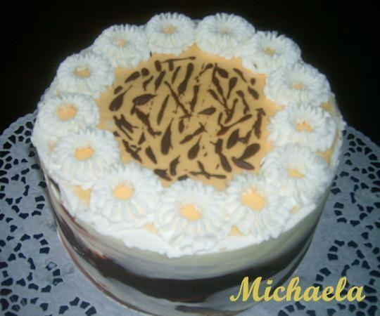 Przepis  tort orzechowy z kremem adwokatowym przepis