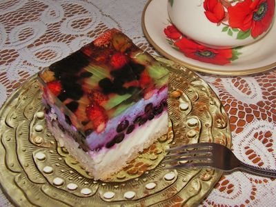 Ciasto z leśnymi owocami