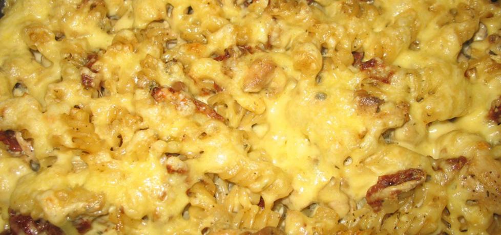 Zapiekanka z kurczaka i makaronu w sosie serowym (autor: berys18 ...