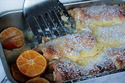 Naleśniki zapiekane z serem pod migdałowo – pomarańczową ...