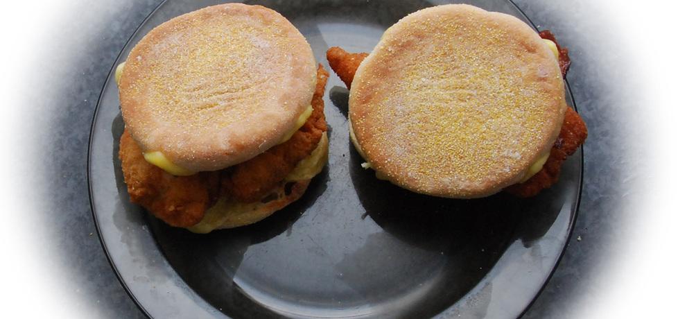 Burger z kurczakiem i bekonem (autor: fotoviderek)