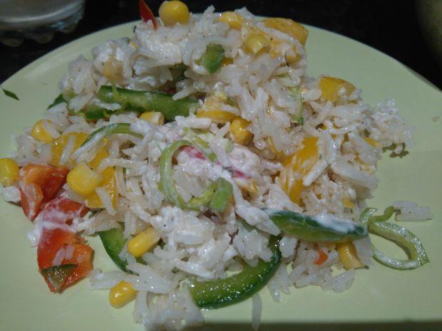Przepis  kolorowa sałatka ryżowa przepis