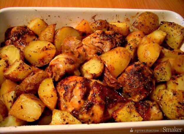 Kurczak w miodzie zapiekany z ziemniakami