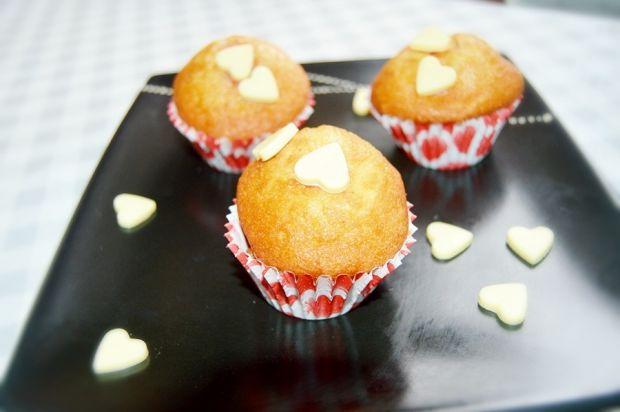Przepis  muffinki z dżemem truskawkowym przepis