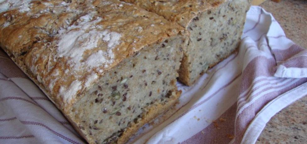 Chleb domowy z ziarnami na zakwasie (autor: anna134 ...