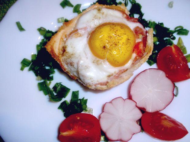 Przepis  jajko sadzone w koszyczku tostowym przepis